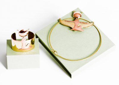 Iside alata (bracciale e girocollo con ciondolo). Lavoro ispirato ad Iside, Sezione Egizia del Museo Archeologico Nazionale di Napoli.